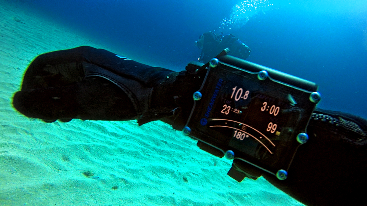 The Shearwater Petrel 2 Dive Computer
